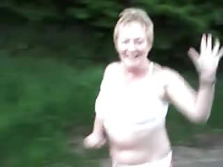 Free topless matures Granny jogs topless