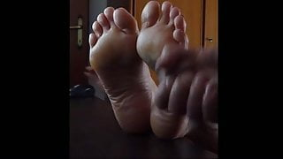 FEET - preview