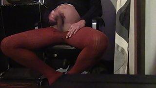 Cumming in red pantyhose