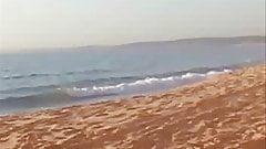 Mel Landing фут-фетиш на пляже Рио-да-Прата