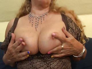 Smith wesson 61 escort - 61 year old blonde knows the work