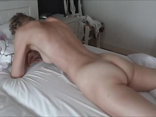 Lesbian pussy grinding to orgasm - Real orgasm grinding pussy on bed sheets.mp4