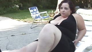 Fat chick gets a hard cock in her jiggly pussy and takes a facial