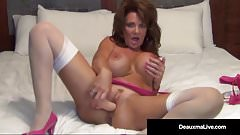 Foxy Cougar Deauxma, Shows How A Woman Squirts with 2 Toys!