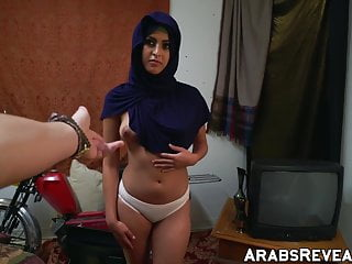 Sleep suck free video - Arab babe sucks hotel managers cock for free room