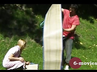 Junge sex - 6-movies.com - junges paar beim outdoor sex -