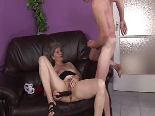 Horny old cunts Grandmas old cunt is horny