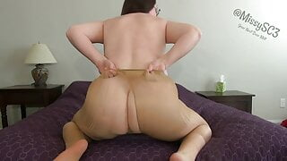 Tall woman rips off her pantyhose