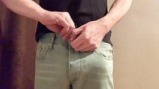 Skinny Jeans Bulge