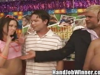 Sindee jennings amateur - Sindee jennings giving her fan steve a handjob