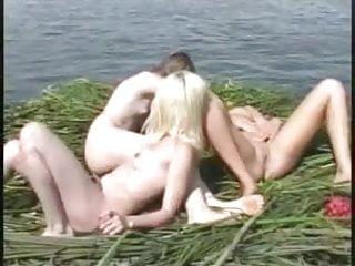 Breast enjoyment - Sea enjoyment