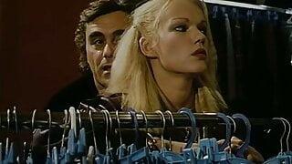 brigitte lahaie 1980 - La clinoque des fhantasmes