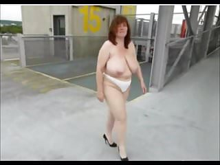 Busty show car girl Busty masturbating in the car