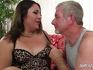Plumper anal black starring Lucky old man drills young and cute latina plumper gia star