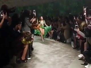 Free picture of jennifer lopez ass Jennifer lopez in skimpy green dress, 2019. 01