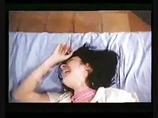 Masturbation soies - Sois belle et tte-moi 1978 full movie