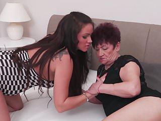 Pregnant granny porn 65yo granny karina fucks pregnant girl nastya