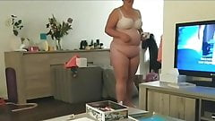 Bottomless BBW wife only wearing bra