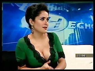 Naked pics of salma hayek Salma hayek and her nice tits.
