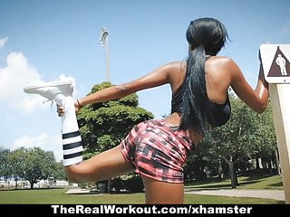 Ebony harrd fucking - Therealworkout- ebony babe fucks trainer after workout
