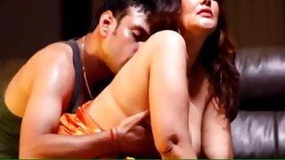 Indian desi bhabi has sex with her neighbor