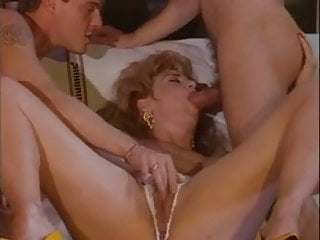 Tranny hard cocks Chessie moore takes dp by 2 hard cocks