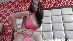 Worshiping Mistress Joslyn James' sexy feet