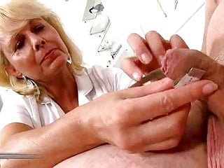 Penis head measurement - Penis measuring 03