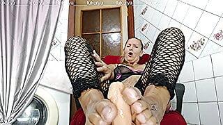 Lukerya morning coffee and erotic foot massage