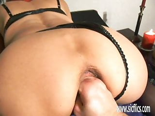 Mature snatch videos Amateur wife fisted in her loose snatch