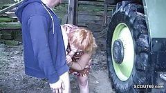 stiefmutter und vater ficken in den Ferien auf dem Bauernhof