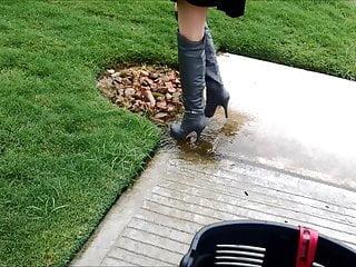 Boot heel high lady sexy Sexy otk boots splashing puddles