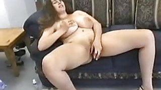 Brit BBW Denise Enjoys Herself