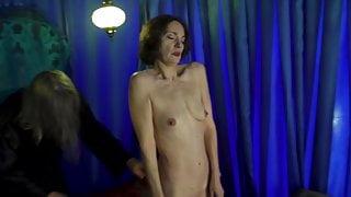 Jeanne Balibar nue dans Bajazet (2019)