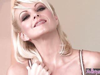 Body-n mind nudist 2009 Twistys - beautiful body dirty mind - jana cova
