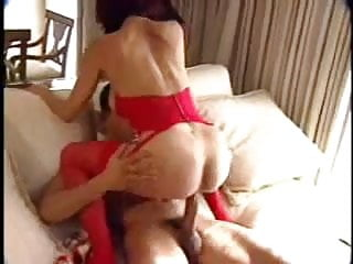 Sexy Cougar Tips The Deliveryboy