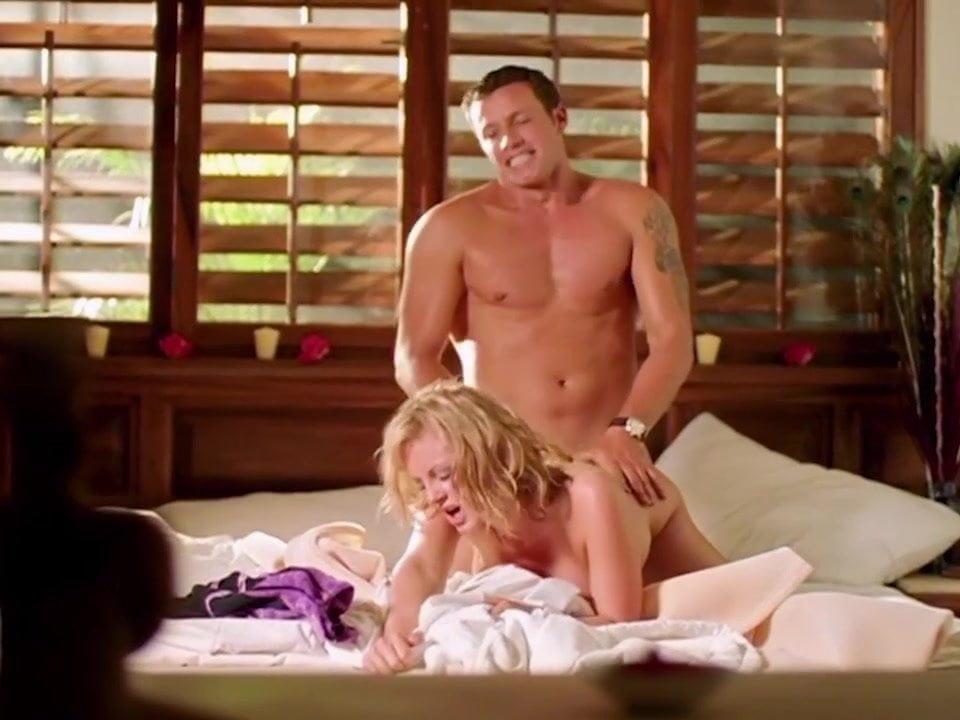 Watch hotel erotica free