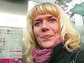Vintage paris die cast pencil sharper Anna die geile milf - streetcasting