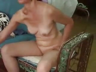 Kate hudson totally naked - My kinky mature wife loves to show off totally naked