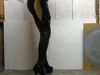 Vintage snake skin boots - Standing in my skins cycle shorts and mega platform boots