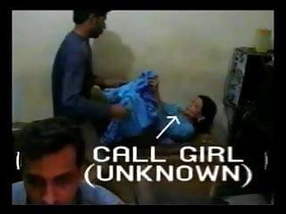 Oval within althorp parkx27s pleasure - Paki girl taking two guys within few min