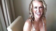 Жена делится с большим черным членом в отеле в любительском видео