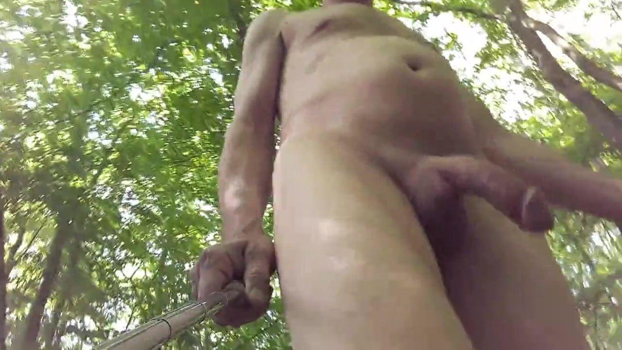 Amateur nackt wald Kostenloses wald