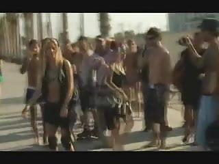 Porn shakira Shakira loca porn version