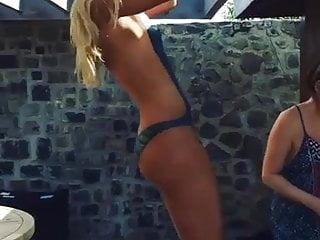 Lindsey vonn sexy wet Lindsey vonn naked pull ups