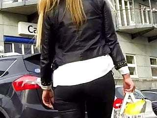 Candid tight pants ass Candid - milf with great ass in tight pants