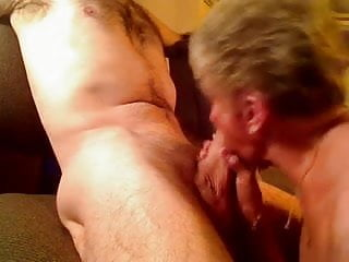 Men sucking a penis - Granny sucks penis a young man