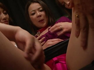 Teens belly botton piercing - Blindfolded babe gets her belly creamed