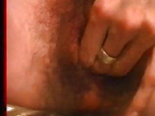 Chattes poilues porn Sperme sur chatte poilue