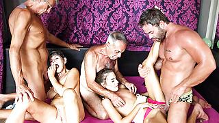 Skinny slut fucking the family